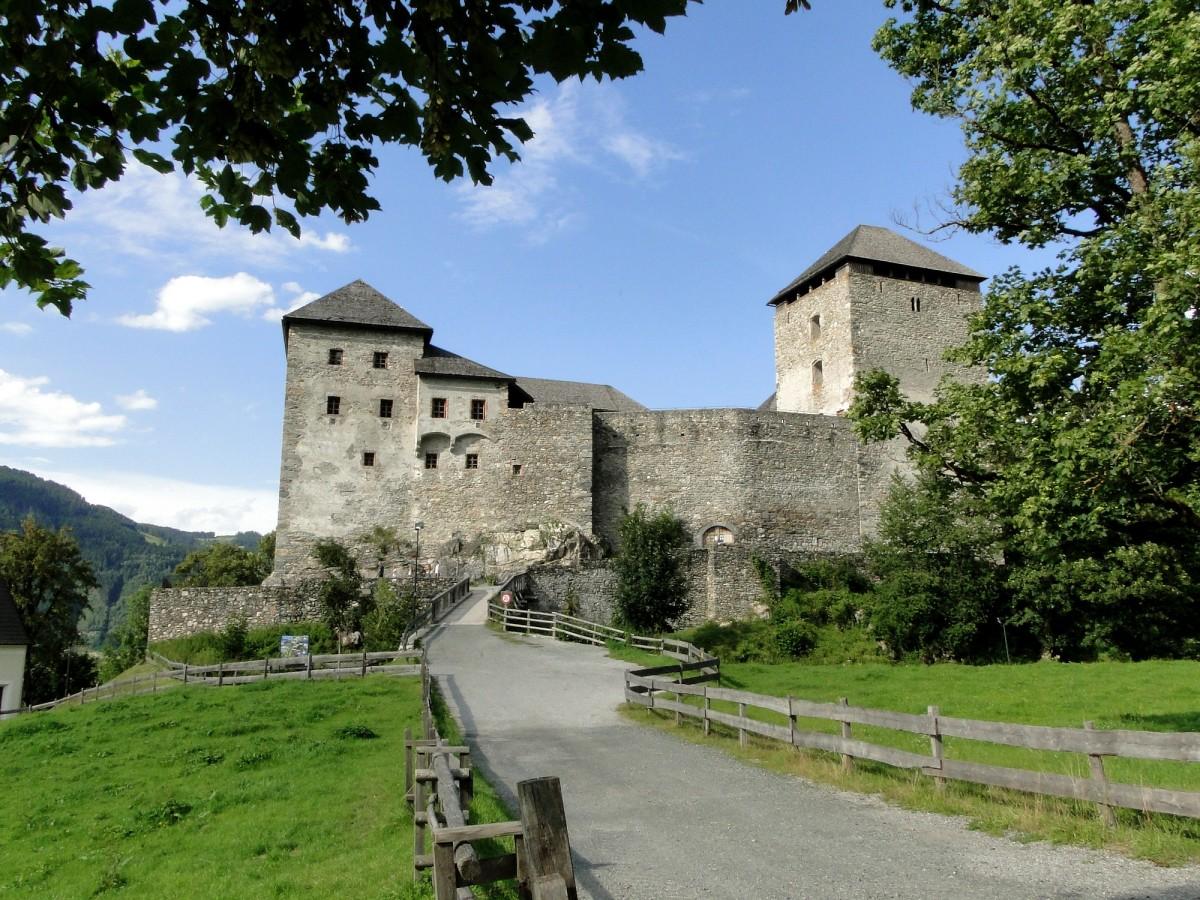 Zdjęcia: Kaprun, Ziemia Salzburska, Zamek w Kaprun, AUSTRIA