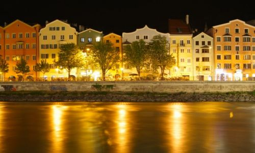 Zdjęcie AUSTRIA / Austria / Insbruck / Insbuck noca
