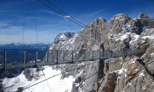 Zdjecie AUSTRIA / Alpy Salzburskie / Dachstein / Most dla ludzi o mocnych nerwach