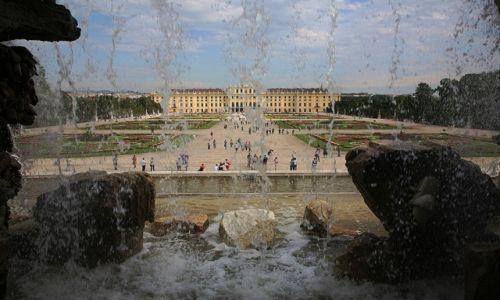AUSTRIA / Wiedeń / Hietzing 13. dzielnica / Park Schönbrunn