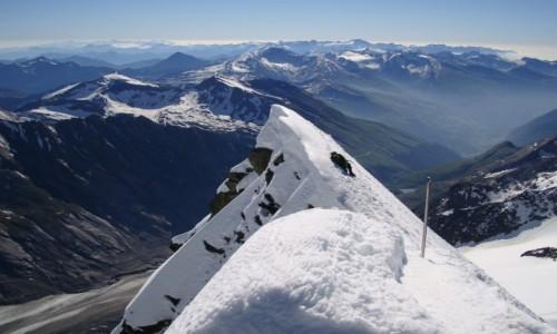Zdjęcie AUSTRIA / Alpy Centralne / Taury Wysokie / Spod szczytu Grossglockner.