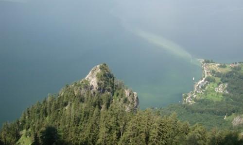 Zdjęcie AUSTRIA / Alpy Salzburskie / Gmunden / Jezioro Traunsee III