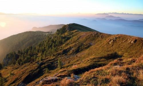 Zdjecie AUSTRIA / Alpy Gailtalskie / Martennock / W blasku wschodzącego słońca