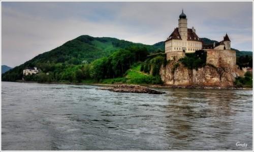 AUSTRIA / Wachau / Krems / Dolina Wachau