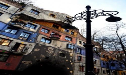 Zdjęcie AUSTRIA / Wiedeń / Hundertwasserhaus / szalony dom
