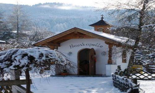 Zdjęcie AUSTRIA / KRAJ SALZBURSKI / Embach / malutka kaplica