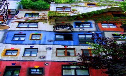 Zdjecie AUSTRIA / Wiedeń / kompleks mieszkalny na rogu Kegelgasse i Löwengasse w Wiedniu / Dom Hundertwassera