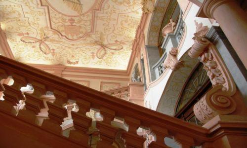 Zdjęcie AUSTRIA / Dolna Austria / Melk / Opactwo w Melk fragment klatki schodowej