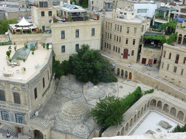 Zdjęcia: Baku, Baku - łaźnie tureckie, widok z baszty dziewiczej, AZERBEJDżAN