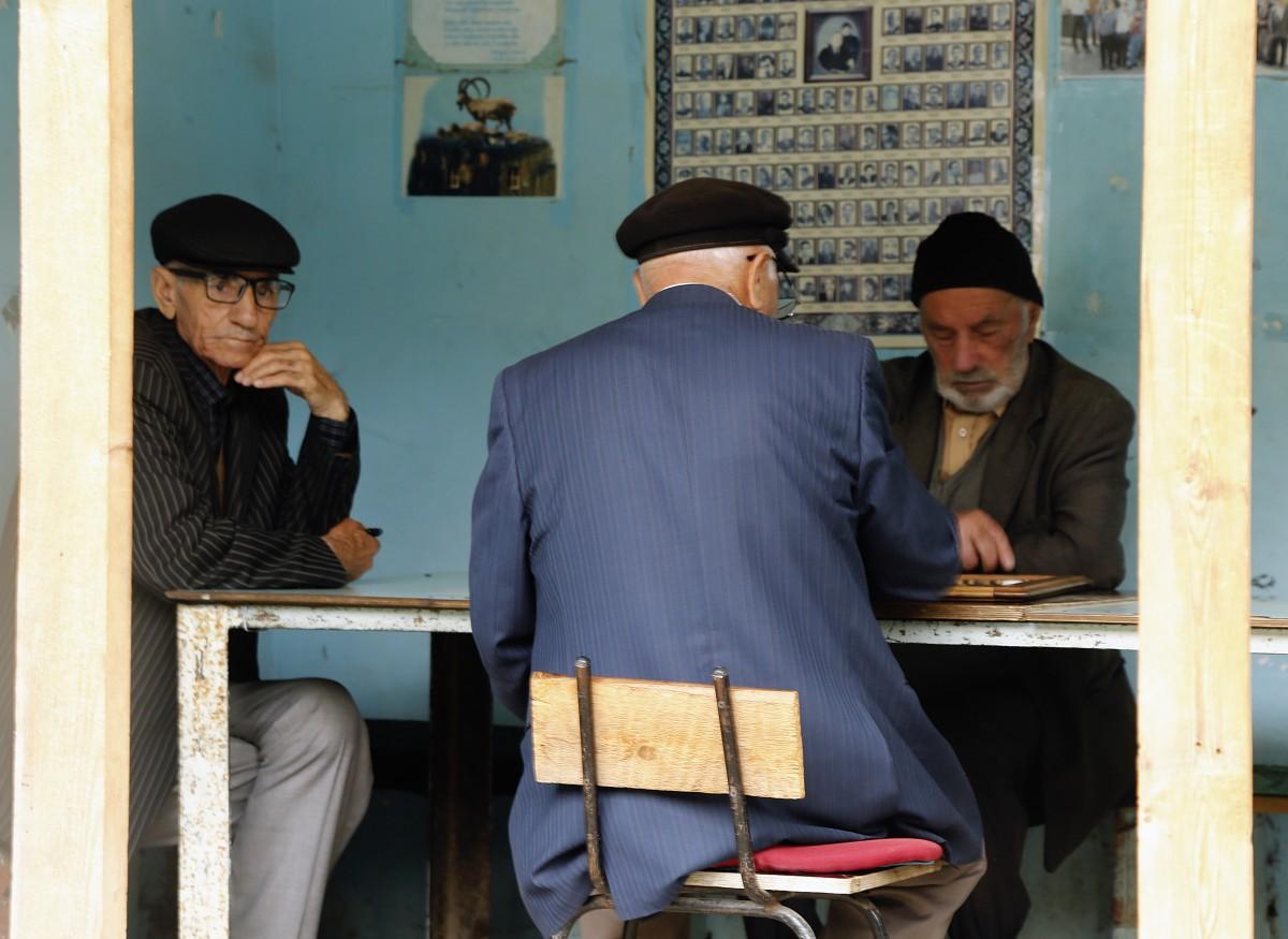 Zdjęcia: Laza, płn Azerbejdżan, Mistrzowie szachów..., AZERBEJDżAN
