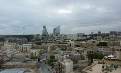 Zdjęcie AZERBEJDżAN / - / Baku / Baku - panorama miasta z baszty dziewiczej