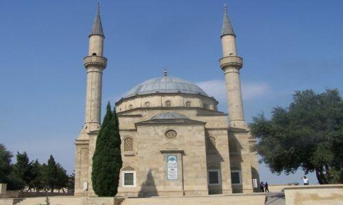 Zdjęcie AZERBEJDżAN / Baku / okolicva Flame Towers / Meczet