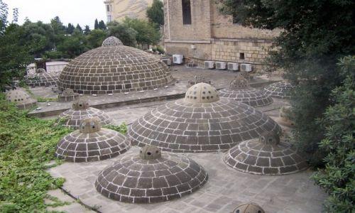 Zdjęcie AZERBEJDżAN / Baku / okolicva Wieży Dziewiczej / Łaźnie