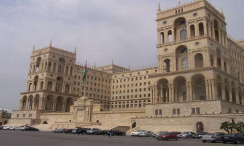 Zdjęcie AZERBEJDżAN / Baku / Widok z Bulwaru Nafciarzy / Dom sowietów