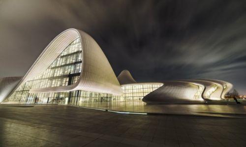 Zdjęcie AZERBEJDżAN / Baku / Baku / Heydər Əliyev Mərkəzi