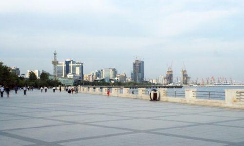 Zdjęcie AZERBEJDżAN / - / Baku / promenada nad morzem