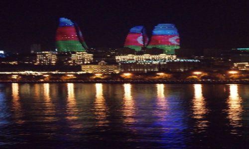 Zdjęcie AZERBEJDżAN / - / Baku / Flame Towers nocą