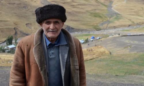 Zdjecie AZERBEJDżAN / Kaukaz / Xinaliq / Życie w wysokich górach