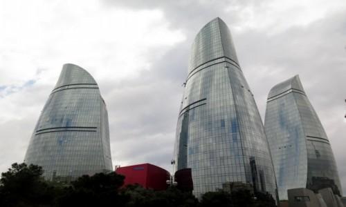 Zdjecie AZERBEJDżAN / Baku / Baku / Ogniste Wieże, Baku