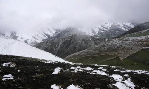 Zdjecie AZERBEJDżAN / Guba / Chynałyg / Zagubiona wśród gór wieś Chynałyg (Xinaliq)