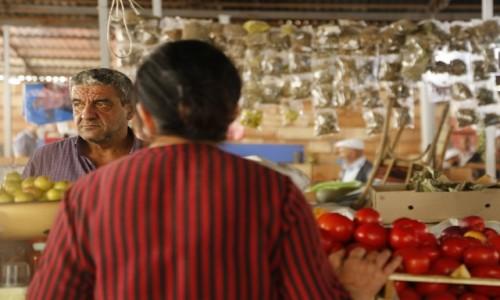 Zdjecie AZERBEJDżAN / płn. Azerbejdżan / jeden z największych bazarów w AZN / Na bazarze w Saki