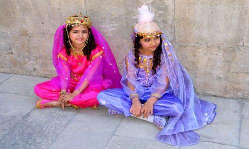 Zdjęcie AZERBEJDżAN / brak / BAKU / Usmiechnięty KAUKAZ