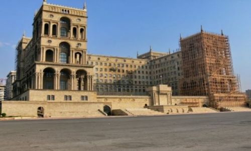 AZERBEJDżAN / Półwysep Abseron / Centrum Baku / Dom Soviet