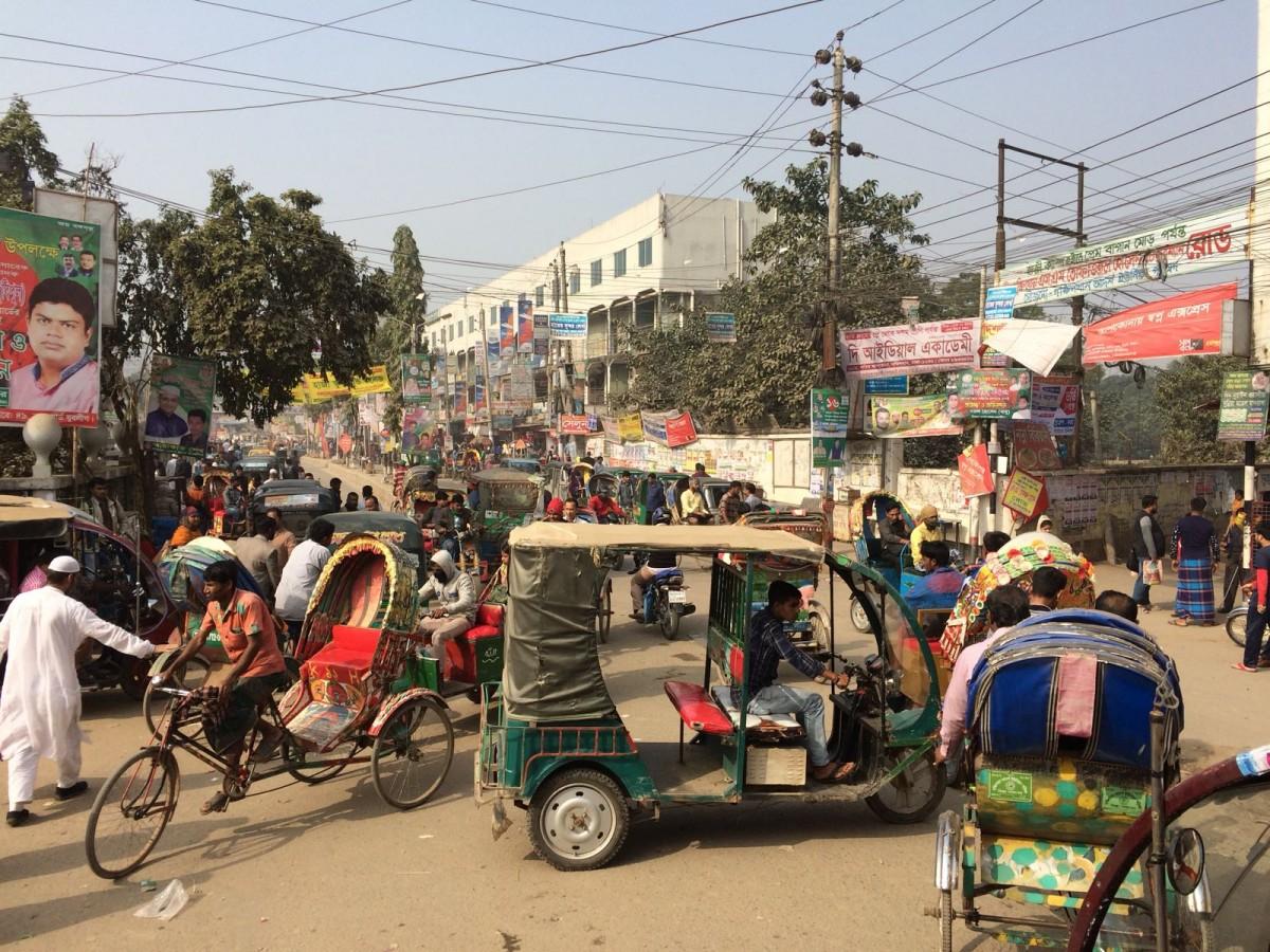 Zdjęcia: Dhaka, Dhaka, Zatłoczona uliczka, BANGLADESZ