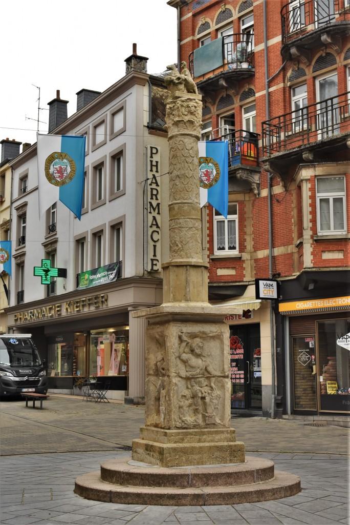 Zdjęcia: Arlon, Walonia, Arlon, kolumna rzymska, BELGIA