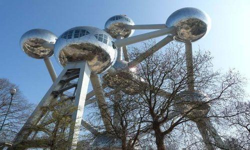 Zdjęcie BELGIA / Bruksela / Atomium / Cząsteczka żelaza