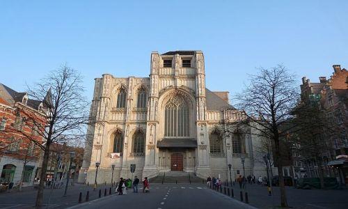 BELGIA / Brabancja Flamandzka / Leuven / Nieskończenie skończona Katedra