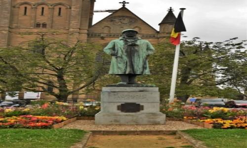 Zdjęcie BELGIA / Walonia / Arlon / Arlon, pomnik króla Alberta