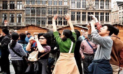 BELGIA / brak / Bruksela / Japońscy fotograficy są wszędzie