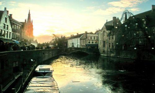 Zdjęcie BELGIA / Vlaanderen / Brugia / Fosa wschodnia