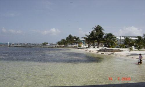Zdjęcie BELIZE / Belize City / Belize City / Plaża na rajskiej wyspie