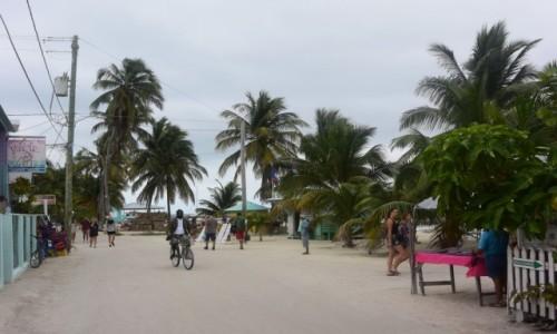 Zdjecie BELIZE / - / Caye Caulker / Caye Caulker karaibska wyspa