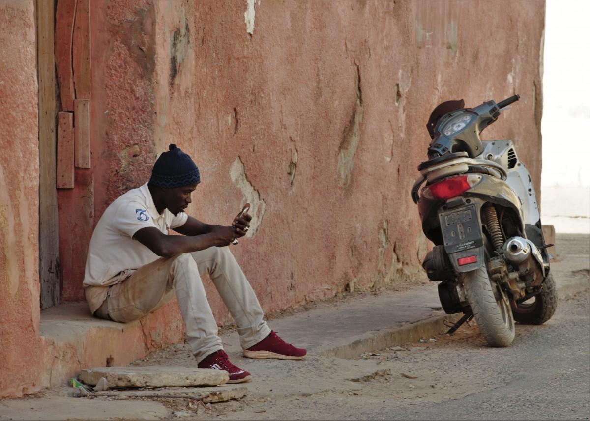 Zdjęcia: Cotonou, Południowy, Współczesny tam-tam , BENIN