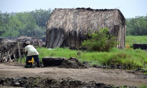 Zdjecie BENIN / Benin południowy / Ouidah / W wiosce