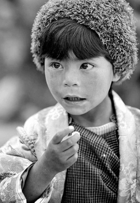 Zdjęcia: Bhutan, Azja, Dziewczynka 2, BHUTAN