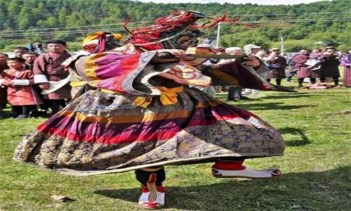 BHUTAN / Bumthang / Tangbi Lhakhang / Tangbi Mani - tancerz