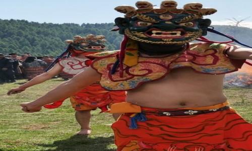 BHUTAN / Bumthang / Tangbi Lhakhang / Tangbi Mani - tancerze