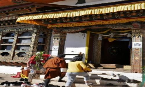 Zdjecie BHUTAN / Punakha / Chimi Lhakhang / Prośba o płodność