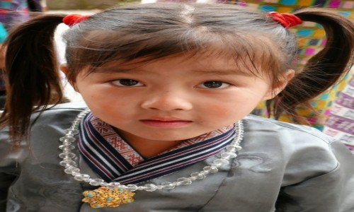 Zdjecie BHUTAN / Thimpu Tsechu / Thimpu / Mała Bhutaneczka...