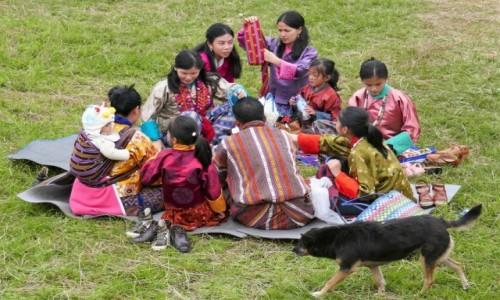 Zdjecie BHUTAN / Bumthang / Okolice Tangbi Lhakhang podczas Tangbi Mani / Świąteczny piknik