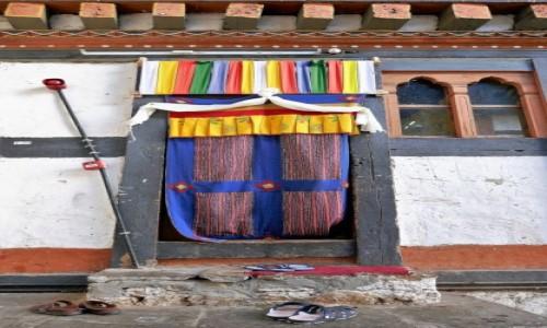 Zdjecie BHUTAN / Bumthang / Jakar dzong / Laczki (dla wtajemniczonych ;))
