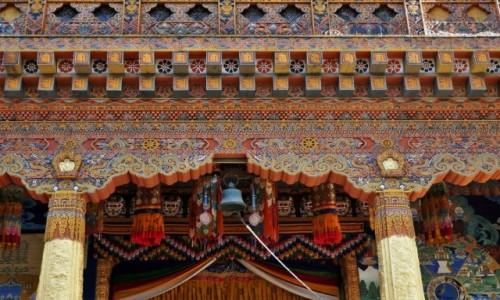 BHUTAN / Punakha / Punakha Dzong / Zachwycające detale bhutańskiej architektury skaralnej