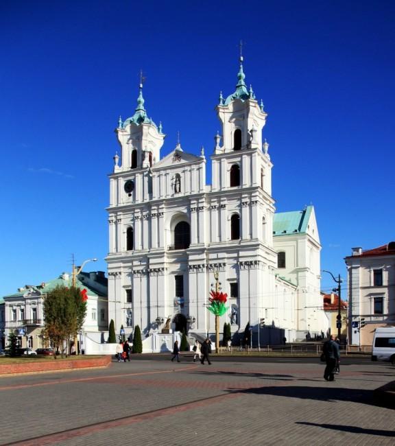 Zdjęcia: Plac Batorego, Grodno, Bazylika Katedralna pw. Św. Franciszka Ksawerego, BIAłORUś