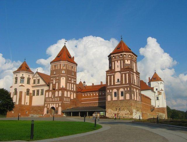 Zdjęcia: Mir, Białoruś, zamek Radziwiłłów w Mirze, BIAłORUś