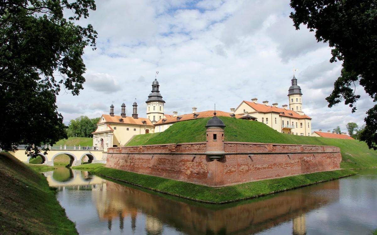 Zdjęcia: Nieśwież, Obwód miński, Zamek w Nieświeżu, BIAłORUś