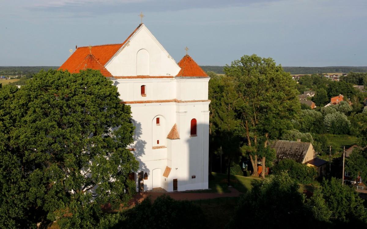 Zdjęcia: Nowogródek, Obwód grodzieński, Kościół farny pw. Przemienienia Pańskiego, BIAłORUś
